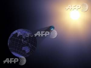 Rare US total solar eclipse excites Americans coast-to-coast