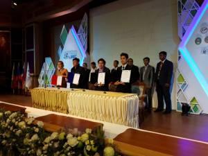 นักธุรกิจ 3 ประเทศลงนามจับคู่ทำธุรกิจ 8 คู่ค้าท่องเที่ยว-สุขภาพ