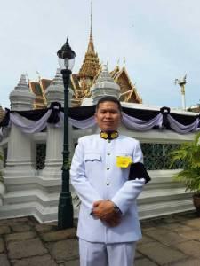 """บรรยากาศพสกนิกรทั่วไทย เดินทางถวายอาลัยสักการะพระบรมศพ """"ในหลวงรัชกาลที่ ๙""""อย่างต่อเนื่อง"""