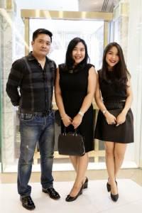 """""""ไซรัส ธัญญ่า ไพรเวท พรีวิว 2017"""" โชว์อัญมณีฝีมือคนไทยมูลค่ากว่า 50 ล้าน"""