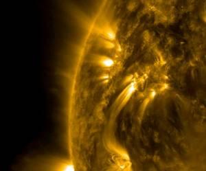 """นักวิทยาศาสตร์พบ """"วัฏจักรสุริยะ"""" บนดวงอาทิตย์ไม่ต่างจากดาวฤกษ์ดวงอื่น"""