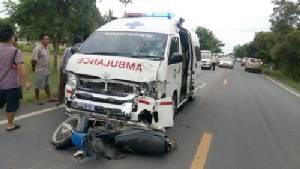 รถโรงพยาบาลเลาขวัญชนรถจักรยานยนต์ยายดับ และคุณตาสาหัส