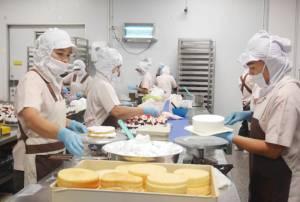 """เปิดแผนพัฒนากำลังคน 5 ปี รองรับอุตสาหกรรม """"สุขภาพ-อาหาร"""" ต้องการลูกจ้างอีกเป็นแสนคน"""