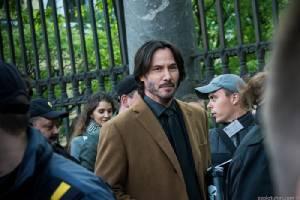 เมื่อเฮีย 'Keanu Reeves' กลายร่างเป็นโปเกม่อนที่รัสเซีย!