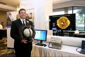 นักฟิสิกส์ ม.มหิดล ผู้ไขปริศนาจักรวาล-พายุสุริยะ คว้ารางวัลนักวิทยาศาสตร์ดีเด่นปี 60