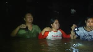 วุ่นกลางดึก อพยพนักเรียนตาบอดขอนแก่นหนีน้ำท่วม หลังกำแพงถูกแรงน้ำเซาะพัง