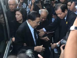 """ศาลฎีกายกฟ้อง """"สมชาย-บิ๊กจิ๋ว-พัชรวาท-สุชาติ"""" สลายม็อบพันธมิตร 7ตุลา 51 ชี้ไม่มีเจตนาให้สูญเสีย"""