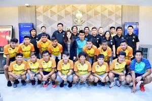 """""""ช้างศึก"""" U23 รายงานตัวเตรียมป้องแชมป์ซีเกมส์ """"สมยศ"""" กร้าว ต้องคว้าทองฝากชาวไทย"""
