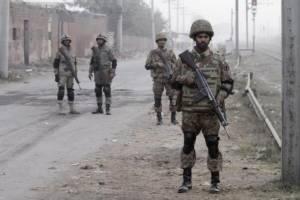 คนร้ายใช้ระเบิดฆ่าตัวตายปลิดชีพทหารปากีสถาน 4 ราย