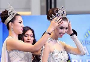 """""""หมิง ตระการตา"""" คว้า  """"Mrs Noble Queen Thailand 2017"""" คนแรกของไทย"""