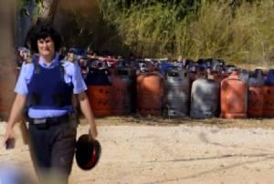 ตำรวจสเปนค้นพบถังแก๊ส 120 ใบ เก็บไว้ในโรงงานระเบิดของกลุ่มโจมตีบาร์เซโลนา
