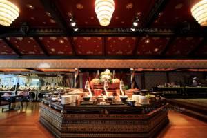 """เต็มอิ่มอาหารไทยแท้ๆ ที่ """"ศาลาริมน้ำ"""" รร.แมนดาริน โอเรียนเต็ล กรุงเทพฯ"""