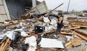 เทกซัสสังเวย 2 ศพ จากพายุฮาร์วีย์ เตือนฝนตกหนัก-น้ำท่วมร้ายแรง