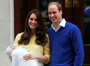"""ข่าวดีของชาวอังกฤษ! """"เจ้าหญิงแคทเธอรีน"""" ตั้งพระครรภ์ทายาทองค์ที่ 3"""
