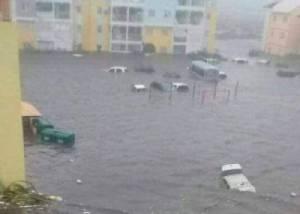 """""""เออร์มา"""" ถล่มราบเกาะใน """"แคริบเบียน"""" ตายอย่างน้อย 10 US วิตก """"ฟลอริดา"""" ย่ำแย่สุดสัปดาห์นี้"""