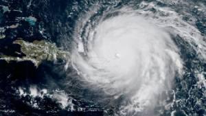 """""""เออร์มา"""" มุ่งสู่เฮติ หลังถล่มราบเกาะในแคริบเบียน สหรัฐฯ ส่ออ่วมเฮอริเคนอีกลูกต่อคิวขยี้ซ้ำ"""