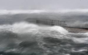 """พายุ """"เออร์มา"""" ยังดุแม้อ่อนกำลังลง ฟลอริดาอ่วมทั่วรัฐ บ้านร่วม 6 ล้านหลังไม่มีไฟฟ้าใช้"""