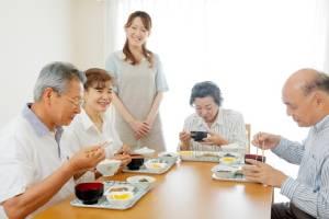 ระบบประกันสังคมญี่ปุ่นอ่วม เตรียมเสนอเลื่อนรับเงินบำนาญเป็นอายุ 70 ปี