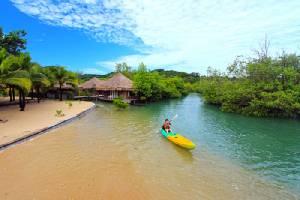บางมุมบนเกาะพยาม ที่มาของฉายามัลดีฟส์เมืองไทย