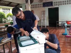 คนไทยไม่ทิ้งกัน! นักศึกษาจิตอาสา วท.สตูล ออกหน่วยช่วยชาวบ้านหลังน้ำลด