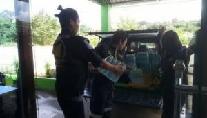 หลายชุมชนเทศบาลเมืองเลยน้ำยังท่วมหนัก หลายหน่วยงานเร่งนำสิ่งของช่วยเหลือ