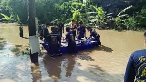 ผู้ว่าฯเลยสั่งอพยพชาวบ้านกว่า 200 หลังคาเรือนหนีน้ำท่วม