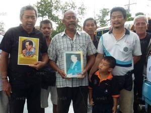 กลุ่มตุ๊กตุ๊กยะลาจิตอาสาทำดีเพื่อพ่อ บริการรับส่งฟรีแก่ผู้โดยสารในวันที่ 26 ต.ค.นี้