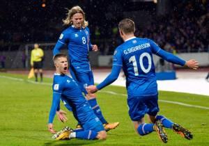 """""""ไอซ์แลนด์"""" พลเมือง 3 แสนก็ไปบอลโลกได้"""