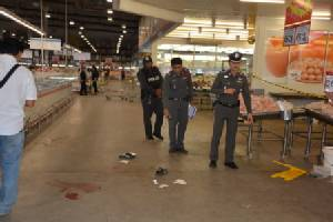 ทหารปืนโหด!ยิงเมียดับกลางห้างแม็คโครอุดรฯ คาดปมหึงหวง(ชมคลิป)