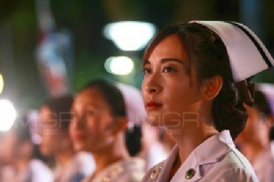 ก้องศิริราช ธ สถิตในใจไทยนิรันดร์ แพทย์ พยาบาลผู้ถวายงาน นำกราบถวายบังคมรำลึกในหลวงรัชกาลที่ ๙