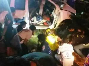 เกิดอุบัติเหตุร้ายแรงรถยนต์พลิกคว่ำเสียชีวิต 3 บาดเจ็บสาหัสอีก 5 ราย ที่นครศรีฯ