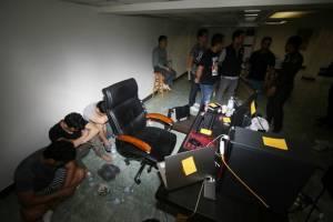 ทลายเครือข่ายเว็บไซต์พนันบอลชาวเกาหลีใต้ ย่านคลองตัน