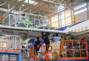 """ชมภาพการประกอบ """"จัมโบเจ็ท C919"""" เครื่องบินโดยสารลำแรกผลิตประกอบในจีน"""