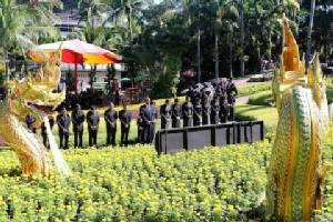 สวนนงนุชพัทยา ร่วมถวายความอาลัย ในหลวง รัชกาลที่ ๙ สมพระเกียรติ