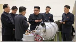 """In Clip : ปักกิ่งฮึ่มใส่เกาหลีเหนือ จะไม่อดทนให้ใช้ """"พยุงเก-รี"""" ทดสอบนิวเคลียร์ต่อ - กระบอกเสียงคิม จอง อึน ขู่สหรัฐฯ """"ส่งเรือบรรทุก 3 ลำเข้าน่านน้ำเอเชีย"""" เท่ากับประกาศสงคราม"""