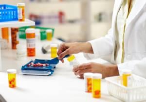 ไม่ควรกำหนดการจัดและจ่ายยาในนิยามบริบาลเวชกรรม ตาม ร่าง พ.ร.บ. เวชกรรม