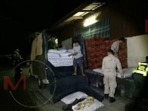 รวบหนุ่มพม่าคาด่านฯ แม่สอด บึ่งกระบะขนของเถื่อนเตรียมส่งถึงบางพลี