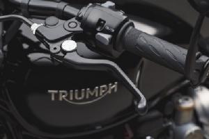 เป็นเจ้าของเลยได้ไหม?  2 รุ่นใหม่ Triumph หล่อ-เร้า-กระชากใจ