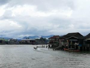 เที่ยวระนอง ท่องเมียนมาร์ ดำน้ำดูปลาที่เกาะนาวโอพี