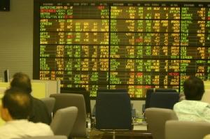 หุ้นปิดครึ่งวันเช้าบวก 7.14 จุด ตลาดฟื้นตัวต่อเนื่องรับ Sentiment บวกจากต่างประเทศ