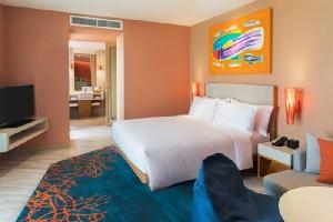 """""""โรงแรมฮอลิเดย์ อินน์ วานา นาวา หัวหิน"""" ชวนพักผ่อนแนวใหม่ คอนเซ็ปต์ Playcation แห่งแรกในหัวหิน"""