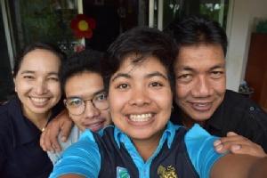 โปรสาวไทยในแอลพีจีเอส่งข้อความบอกรักพ่อ
