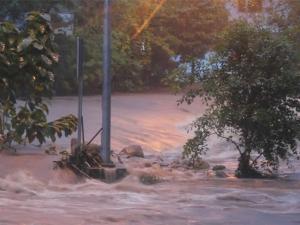 ด่วน! น้ำป่าทะลักน้ำตกพรหมโลก-คีรีวง จ่อเข้าเมืองนครศรีธรรมราช