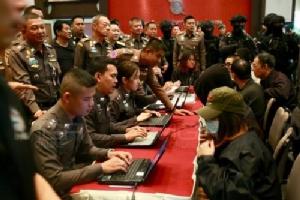 จับรายวันแก๊งคอลเซ็นเตอร์! ทั้งไทยและเทศ เหยื่อสูญอีกว่า 100 ล้าน