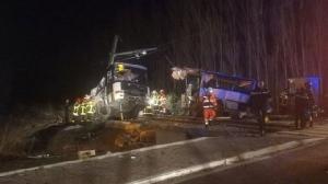 รถไฟพุ่งชนรถโรงเรียนในฝรั่งเศส เด็กเสียชีวิต 4 บาดเจ็บ 7 คน