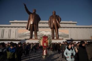 """รายได้ต่อหัว """"โสมแดง"""" เพิ่มเร็วสุดในรอบ 5 ปี แต่ยังน้อยกว่าเกาหลีใต้ 22 เท่า"""