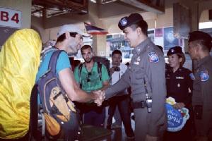 """ปีใหม่คาดนักท่องเที่ยวทะลักเข้าเมืองกาญจน์ """"สารวัตรโจ้ หลังเท้า"""" เผย พร้อมดูแลทั้งไทย-เทศ"""