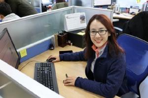 """ดร.ร่มฉัตร จันทรานุกูล สาวไทย รุ่น """"Gen Y"""" กับชีวิตอินไซด์แดนมังกร"""
