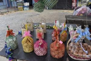 กระเช้าไข่เป็ดของขวัญวิถีชาวบ้าน มอบเป็นของขวัญในวันขึ้นปีใหม่
