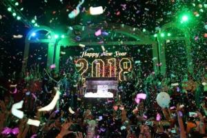 ส่งท้ายปีเก่าต้อนรับปีใหม่หลายจังหวัดคึกคัก ตร.ดูแลความปลอดภัยเข้ม